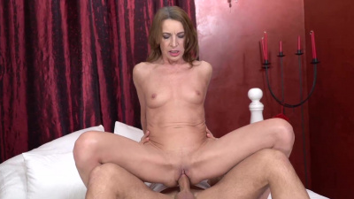 Cougar Viol fucking a young dude & getting cum fed