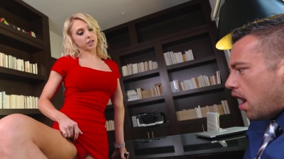 Alix Lynx gets a hardcore office fucking with interviewee