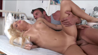 Hot nurse Candee Licious extracts cum sample