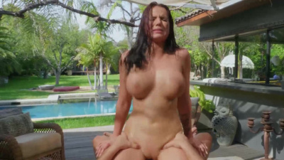 Sexy masseuse Jolee Love sucking and fucking her client's massive shaft