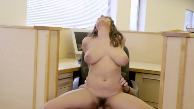 Thick girl Ella Knox passionate office sex