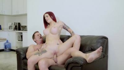 Elegant redhead Tana Lea has a thing with her former boss