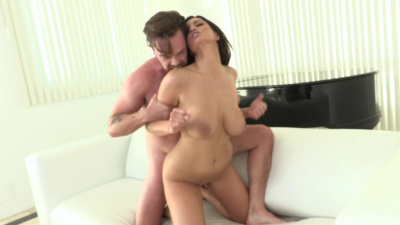 Milf with massive boobs Becky Bandini gonzo style hardcore fucking