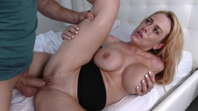 Curvy bombshell Corinna Blake gives horny guy the best sex of his life