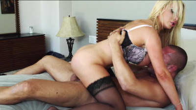 Blonde with huge ass Nikki Benz spreads her legs and takes one for the team