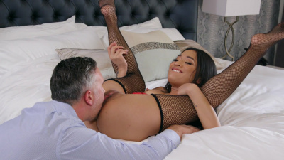 Spoiled brat Avery Black teasing her dad's business partner right under his nose