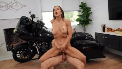 Badass brunette babe Abigail Mac begs for anal