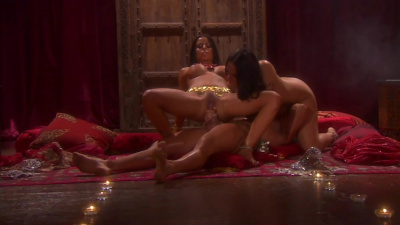 Latinas Carmella Bing and Mikayla Mendez take turns with a muscular stud