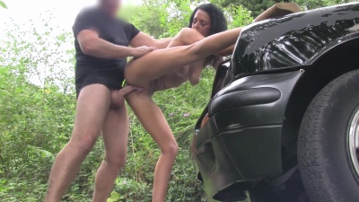 Jess Scotalnd gets a dripping creampie after fucking the taxi driver